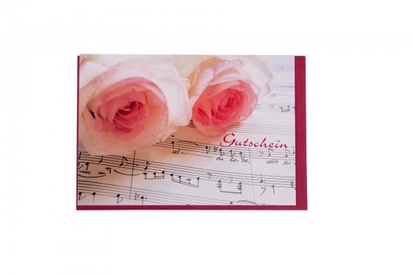 Doppelkarte Gutschein mit bedruckten Rosen